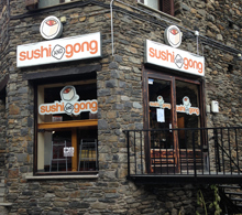 Sushi and Gong Bar in Arinsal