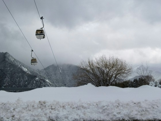 The gondola heading up on a snowy day