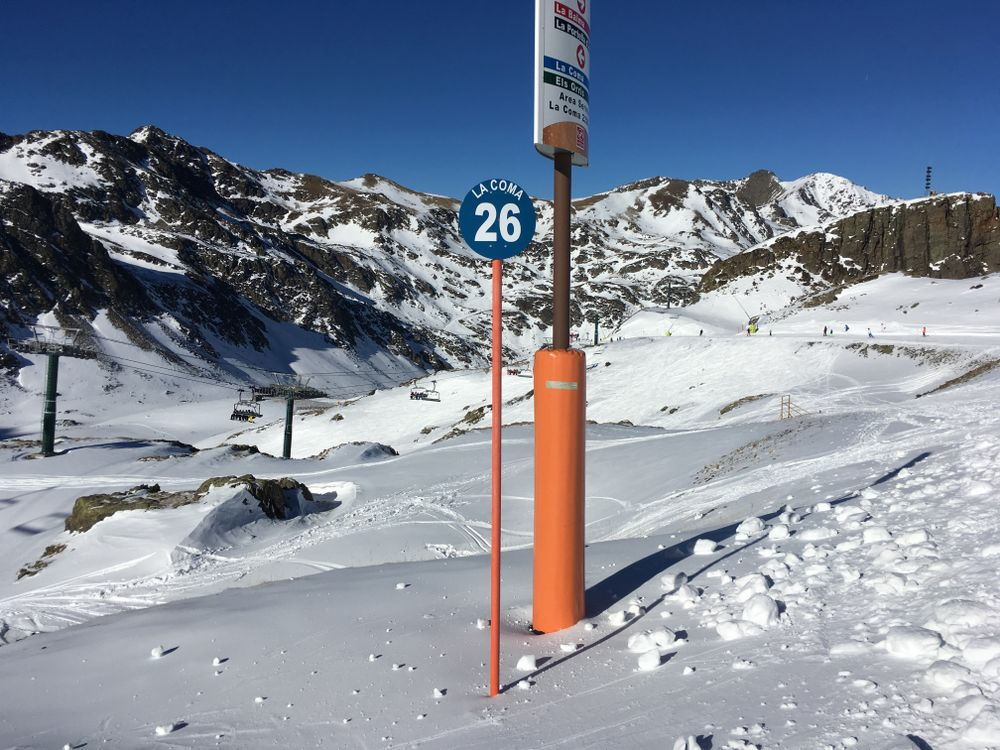 The blue slope La Coma is our piste of the week