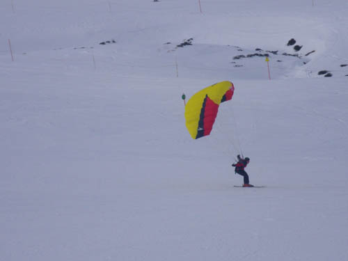 Snow kiting / paragliding speed skiing - Gallery - Arinsal Reviews Forum