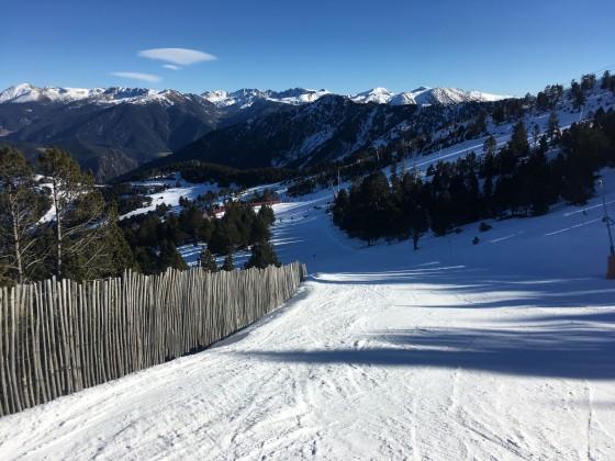 The blue slope Camí Inferior