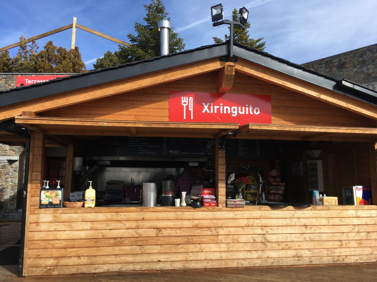 Xiringuito is a great place for lunch break in Pal, and they accept the Vallnord lunch vouchers!