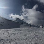 Clouds descending over the Les Fonts blue run