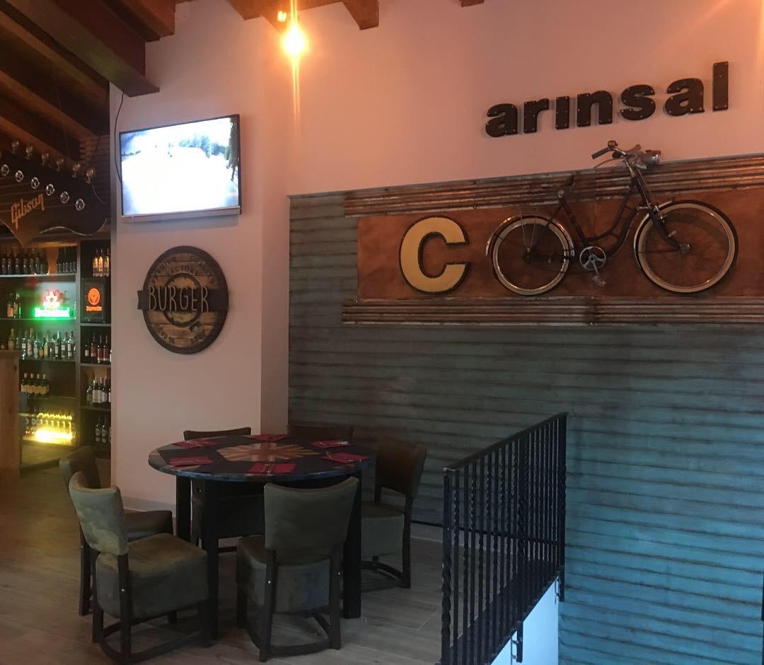 Factory Restaurant in Arinsal