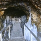 We found the secret cave in Arcalís