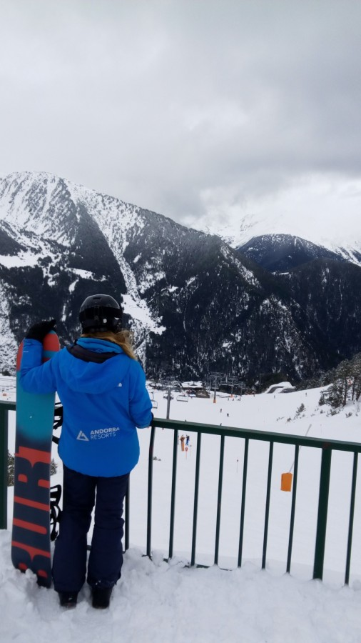 The view from Obelix terrace in the slopes of Arinsal