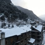 Fresh snow morning in Arinsal