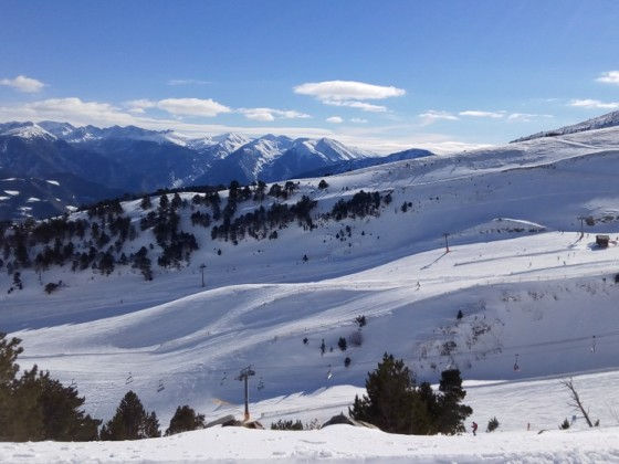A view of the whole Arinsal after the heavy snowfall