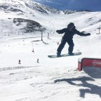 Flying on the boxes of the Arinsal Snow Park