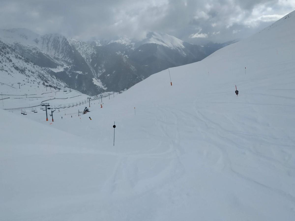 The black run Tub del Coll at the top of Arinsal had lots of powder!