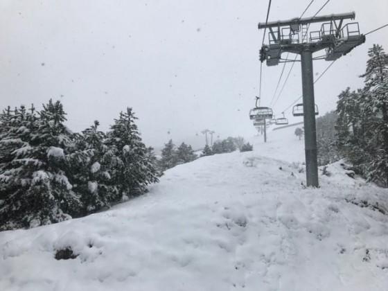 Snowfall on the Josep Serra chairlift