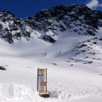 A lot of powder snow at the top of L'Abarsetar chairlift