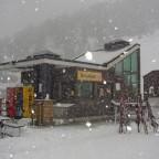Snowy Snowbar