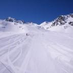 Empty slopes today - 24/3/2011