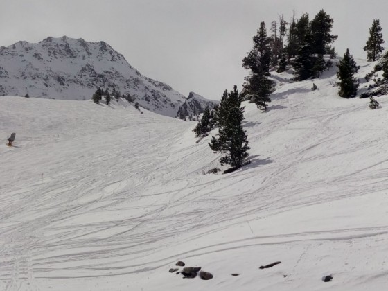 Panoramic of the offpiste slopes in Arcalis with fresh powder