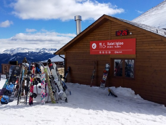 Xalet Igloo Bar is the highest restaurant on the slopes of Arinsal