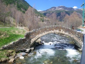 Bridge En-route to Arcalis