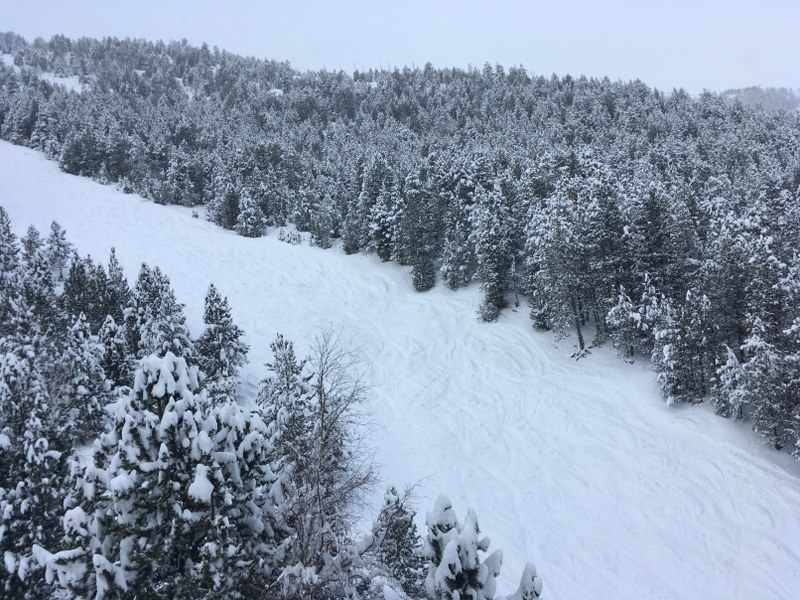 The red slope Els Coms was our favourite run today