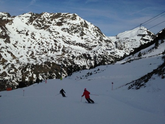 Skiing in Arcalis