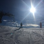Great snow and strong sun at the top of Port Negre chairlift