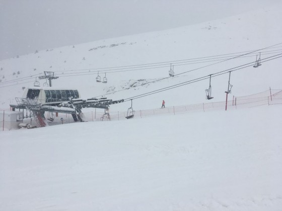 Empty chairlifts today in Arinsal