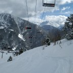 Off piste under La Tossa chairlift