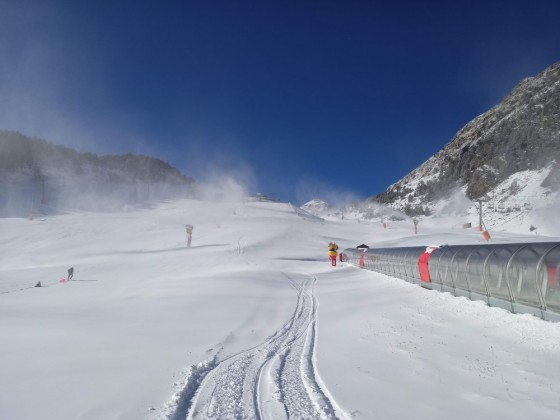 Our sledge prints on the beginner slope of Arinsal