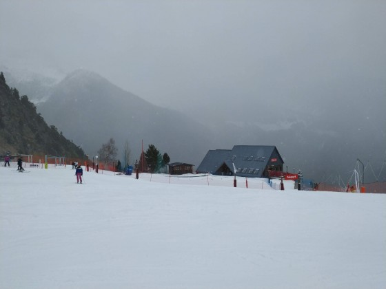 The visibility was reduced today on the mountains of Arinsal