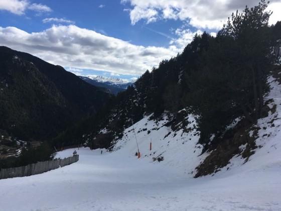 The Les Marrades blue slope