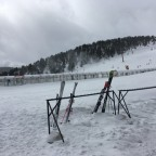 Resting the skis for a lunch stop