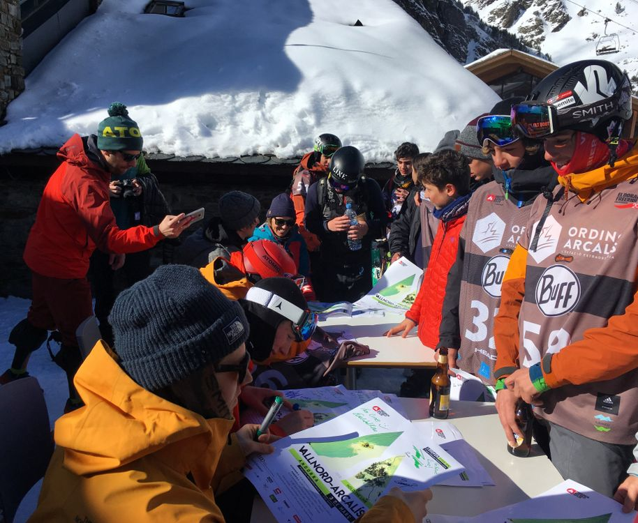 The world's best freeriders were signing autographs today