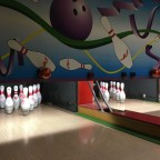 The bowling of Princessa Parc is a great plan for apres ski