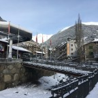 The gondola to go up to the slopes