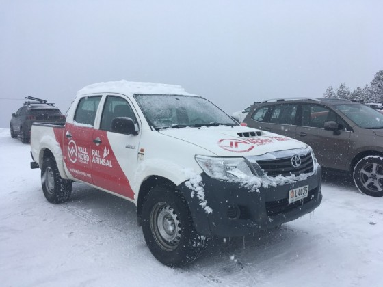 Snow tyres or snow chains were required to access to the parking lot of Pal