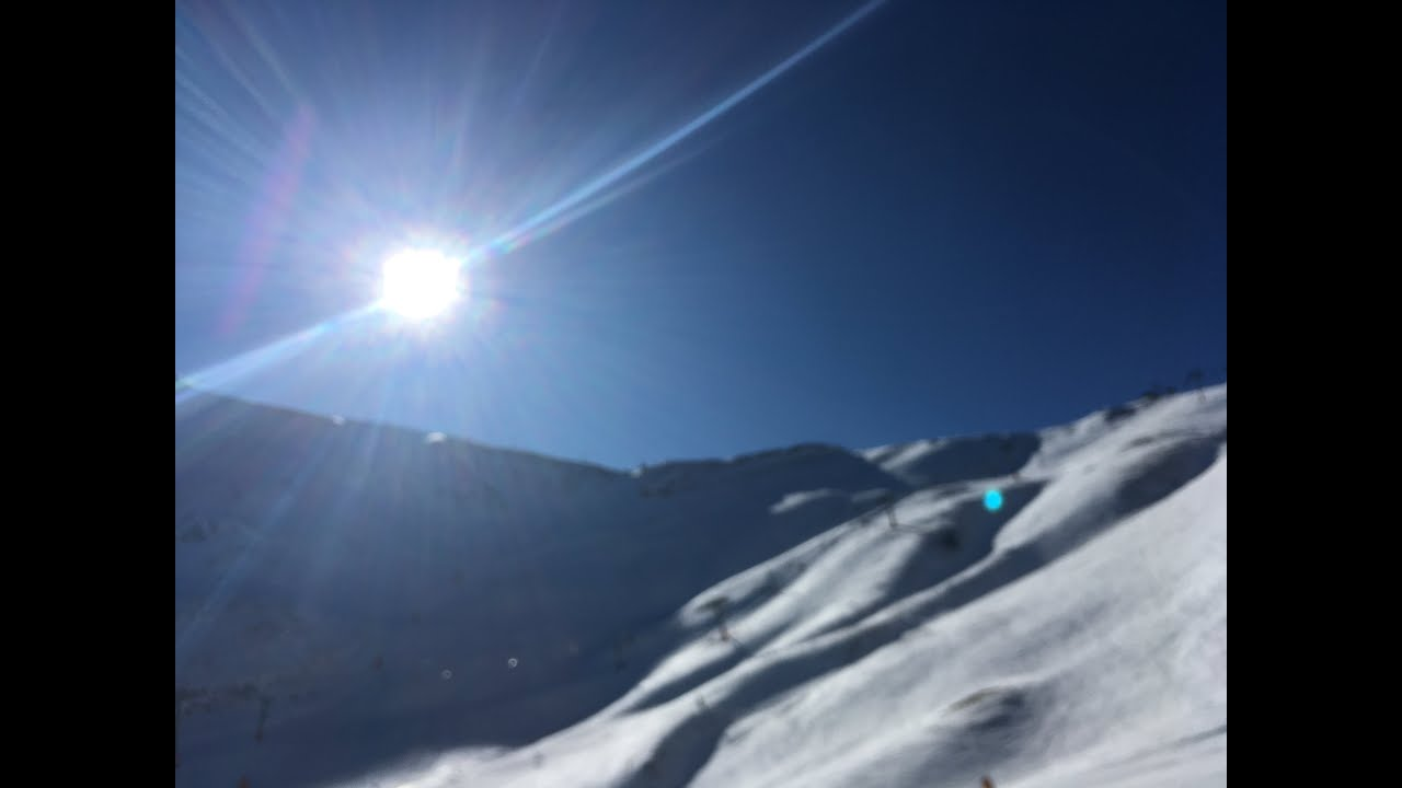 Blue skies return to Arinsal